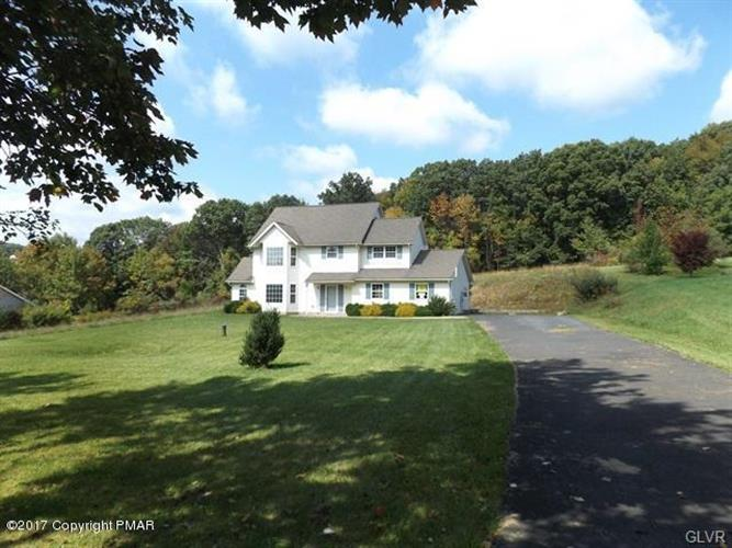 2235 Mountain Laurel Drive, Chestnuthill Twp, PA 18330