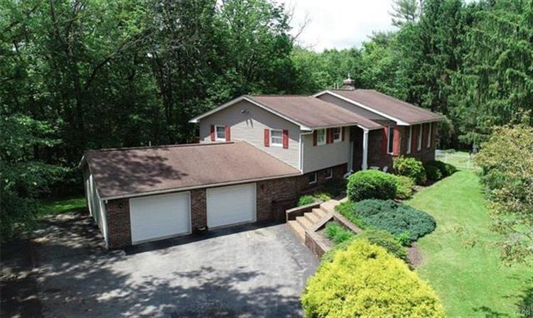 159 Fisher Lane, Chestnuthill Twp, PA 18330