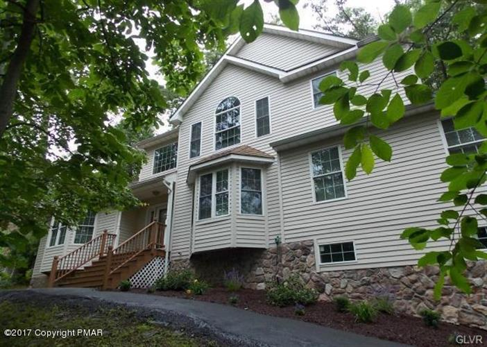 1042 Sky View Drive, East Stroudsburg, PA 18302