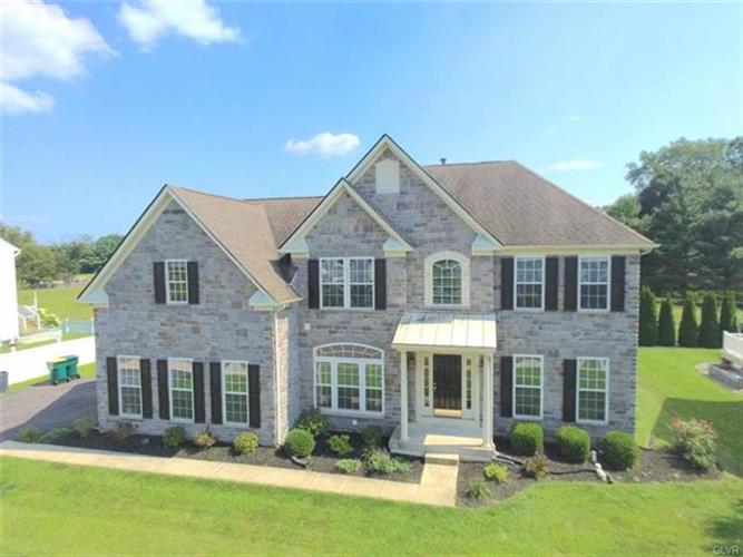 130 Lowerway Road, Palmer TWP, PA 18045