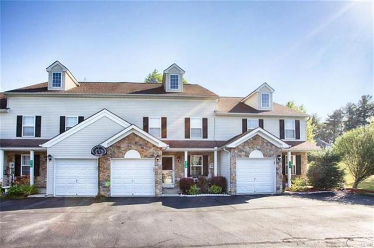 314 Cabinsglade Court, East Stroudsburg, PA 18301
