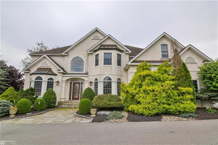 2860 Apple Valley Estates Drive, Orefield, PA 18069