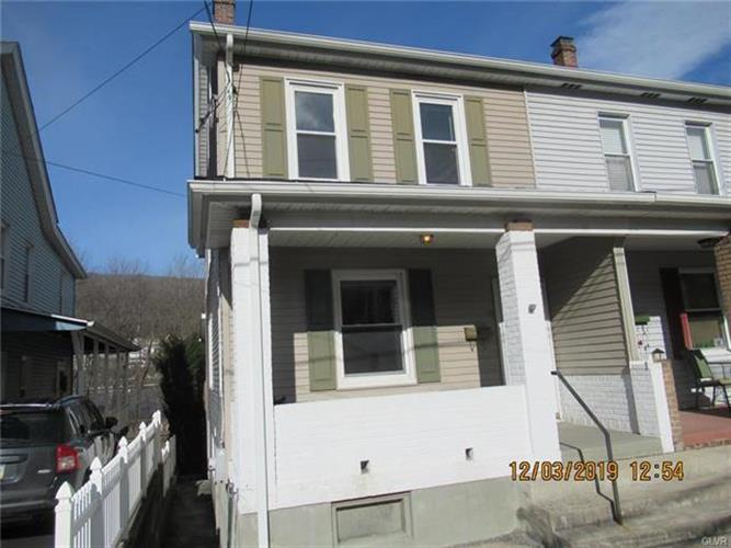 16 East Mill Street, Nesquehoning, PA 18240 - Image 1