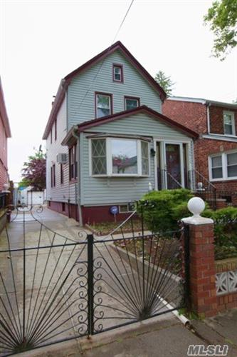 108-16 221 St, Queens Village, NY 11429