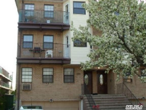 151-40 79th St, Howard Beach, NY 11414