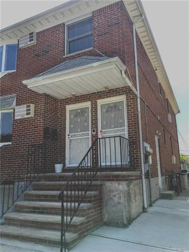 49-16 Enfield Pl, Bayside Hills, NY 11364