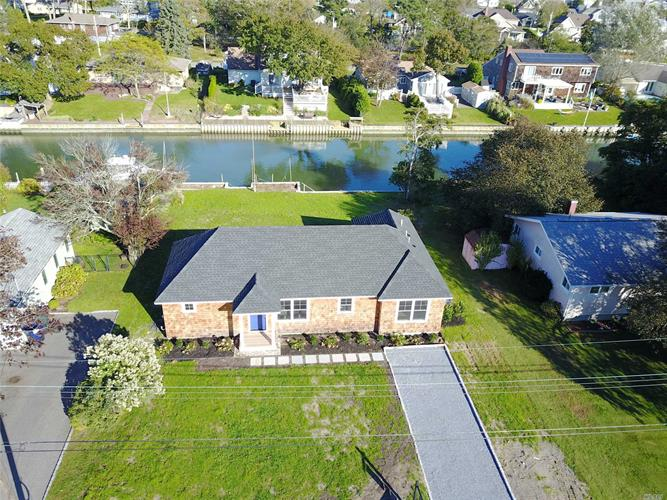 23 Tarpon Rd, East Quogue, NY 11942 - Image 1