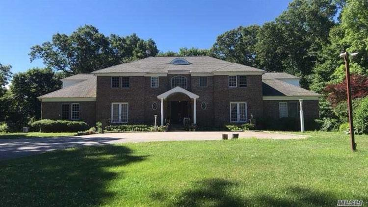 1 Woodhollow Ct, Muttontown, NY 11791 - Image 1