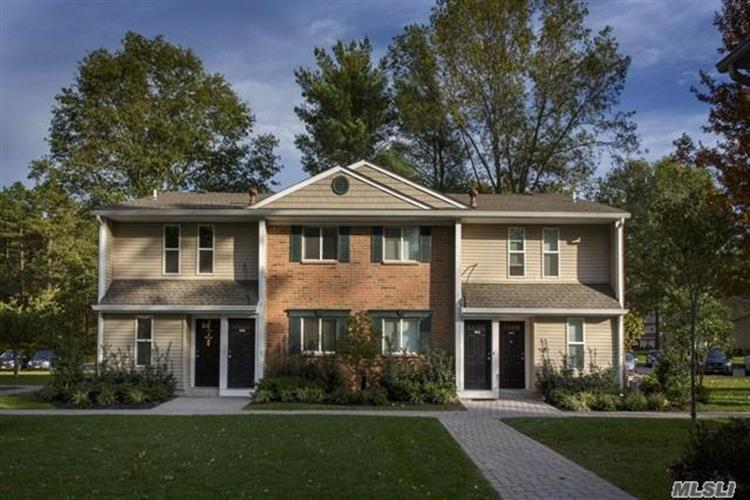 45 Country Club Dr, Coram, NY 11727 - Image 1