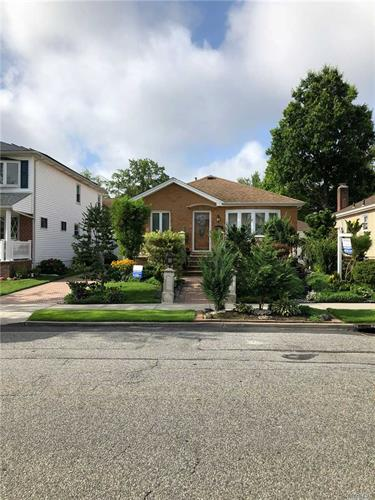 154-32 24th Rd, Whitestone, NY 11357