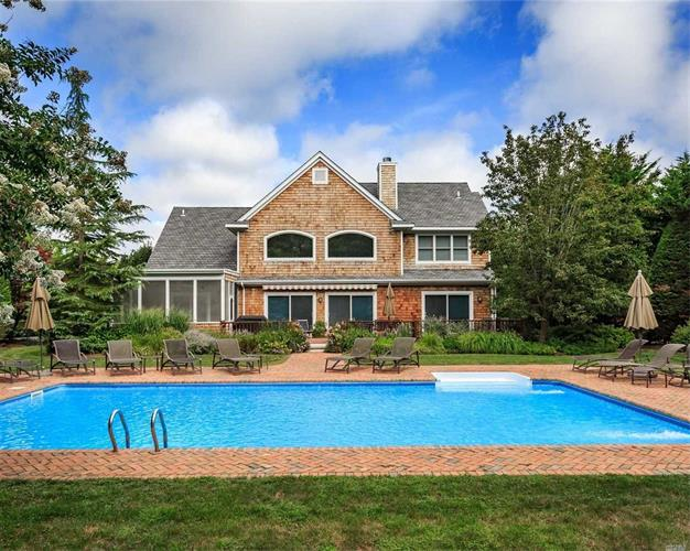 28 Post Fields Ln, Quogue, NY 11959 - Image 1