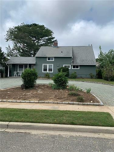 111 Bayberry Ln, Levittown, NY 11756 - Image 1