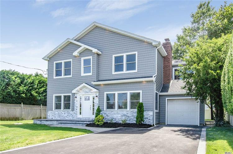 3346 S Maplewood Dr, Wantagh, NY 11793