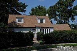 842 Terry Ct, Uniondale, NY 11553 - Image 1