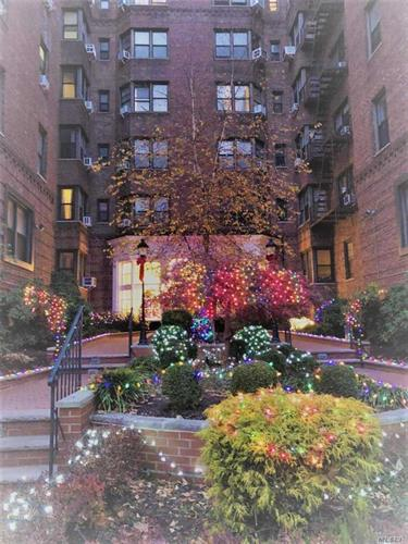 69-40 Yellowstone Blvd, Forest Hills, NY 11375