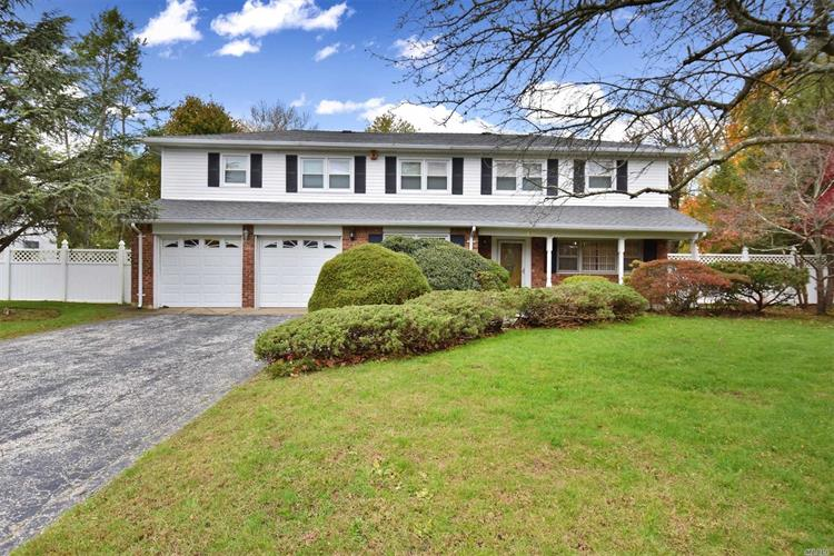 193 Jan Pl, East Northport, NY 11731 - Image 1