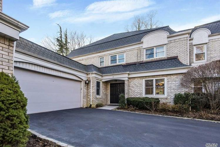 61 Fairway Cir, Manhasset, NY 11030 - Image 1