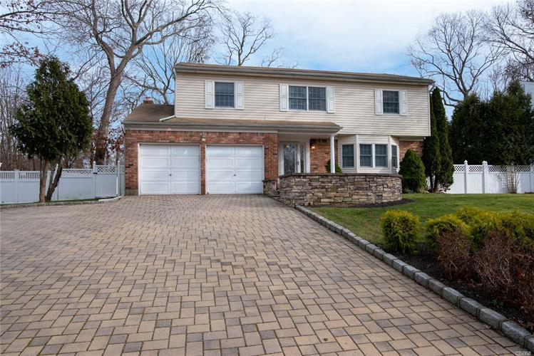 11 Format Ln, Smithtown, NY 11787 - Image 1
