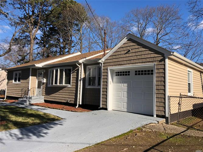 45 Andrews Ave, Wheatley Heights, NY 11798 - Image 1