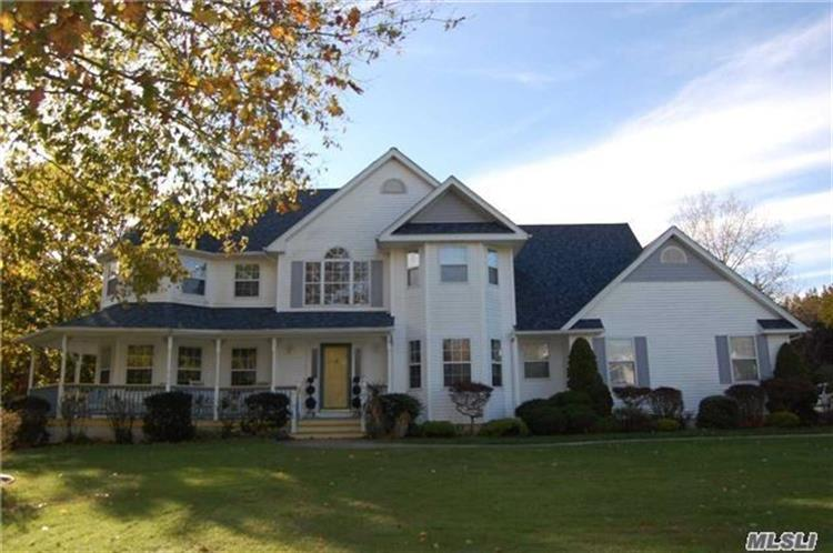 36 Old Neck Ct, Manorville, NY 11949 - Image 1