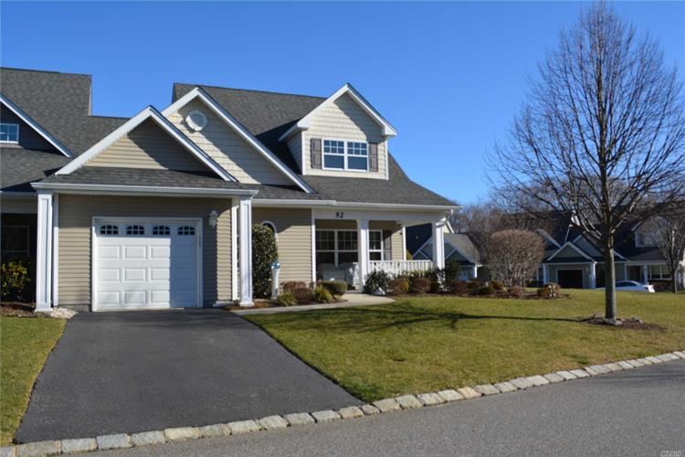 52 Stoneleigh Dr, Riverhead, NY 11901 - Image 1
