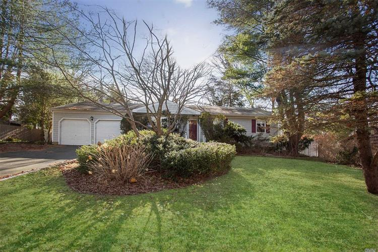 652 Townline Rd, Hauppauge, NY 11788 - Image 1