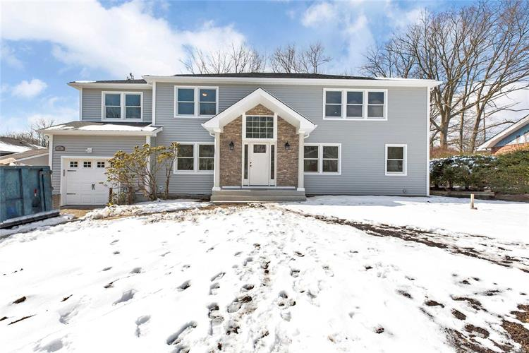 20 Serpentine Ln, Old Bethpage, NY 11804 - Image 1