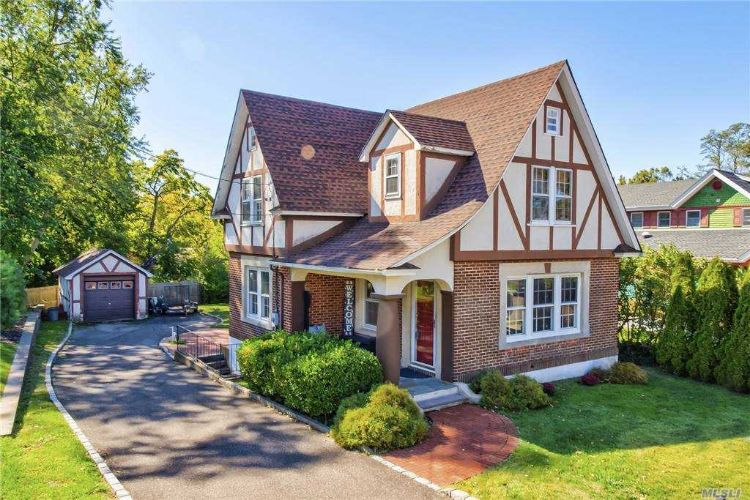 7 Troy Court, Northport, NY 11768 - Image 1