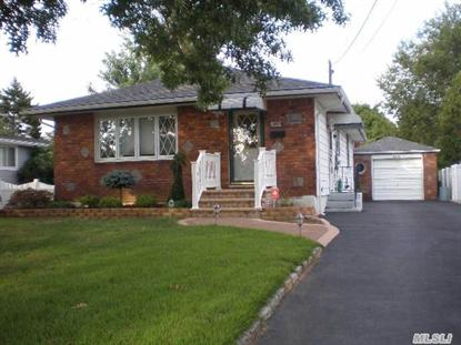 99 W 18th St, Deer Park, NY