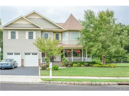 309 Fairway Dr, Farmingdale, NY