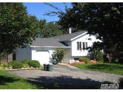 14 Holly Dr East Northport, NY MLS# 2947953