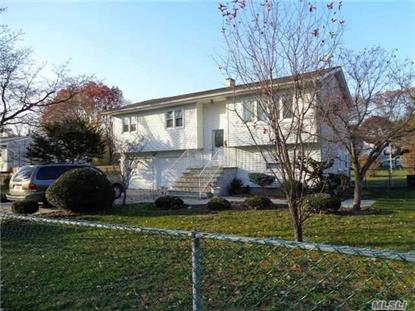 679 Johnson Ave, Ronkonkoma, NY