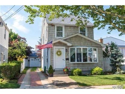 11 Henry St Williston Park, NY MLS# 2949448