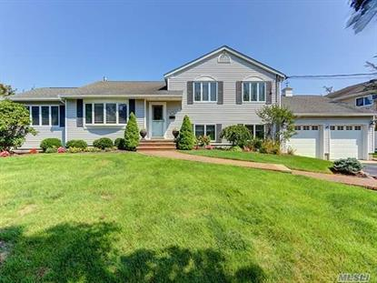 2 Stillwater Ave Massapequa, NY MLS# 2969038