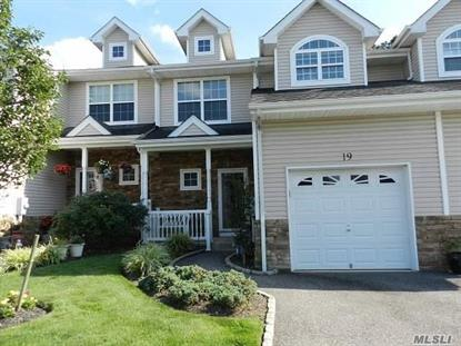 19 Terrace Ln Patchogue, NY MLS# 2969573
