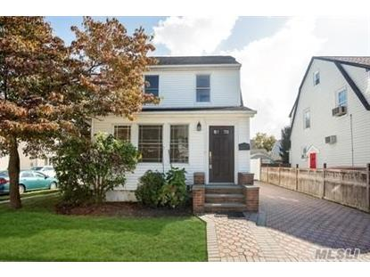 92 Dartmouth St Williston Park, NY MLS# 2977185