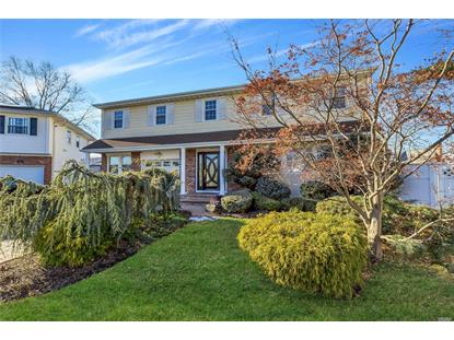 908 Carrie Ct, East Meadow, NY