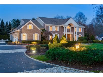 2 Windham Ct, Muttontown, NY