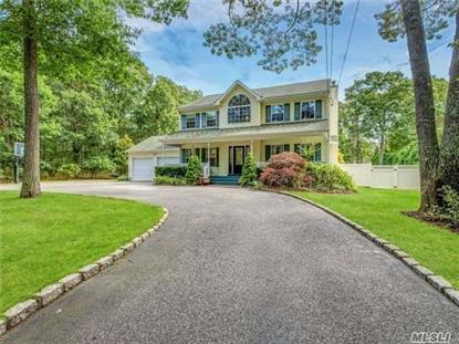 9 Josiah Foster Path, East Quogue, NY