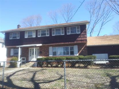 121 N 18th St, Wheatley Heights, NY