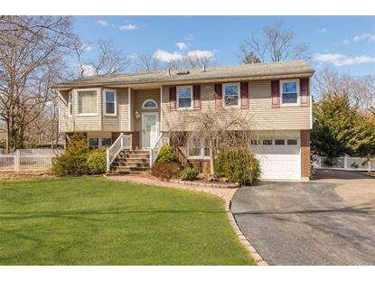 14 Somerset Ave, East Islip, NY