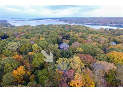 19 Woodcrest Dr, Nissequogue, NY