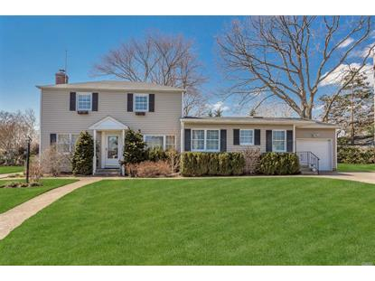 1440 Lakeside Dr, Wantagh, NY