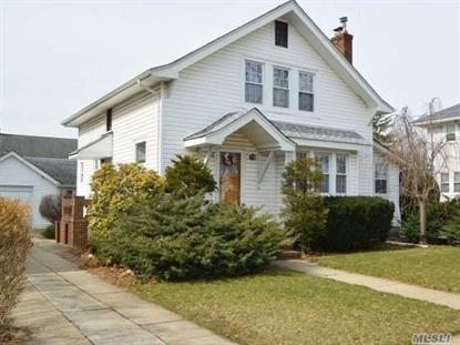 27 Sunset Ave, Lynbrook, NY