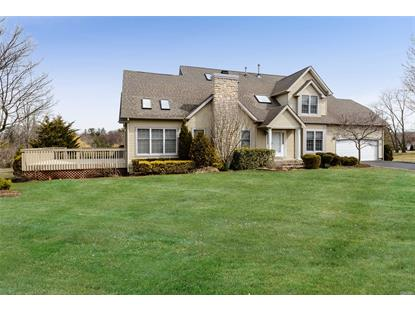 12 Sparrow Ct, Glen Cove, NY
