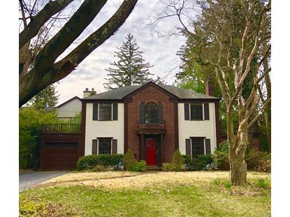 112 Old Mill Rd, Manhasset, NY