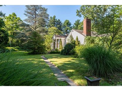 479 Woodbury Rd Cold Spring Harbor, NY MLS# 3058443
