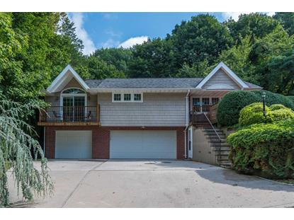 9 Elm Pl Cold Spring Harbor, NY MLS# 3067211