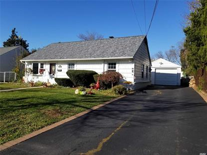 40 Island St Plainview, NY MLS# 3080090