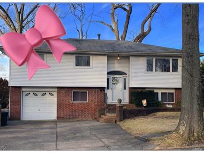 4 Pierre Dr Commack, NY MLS# 3088078